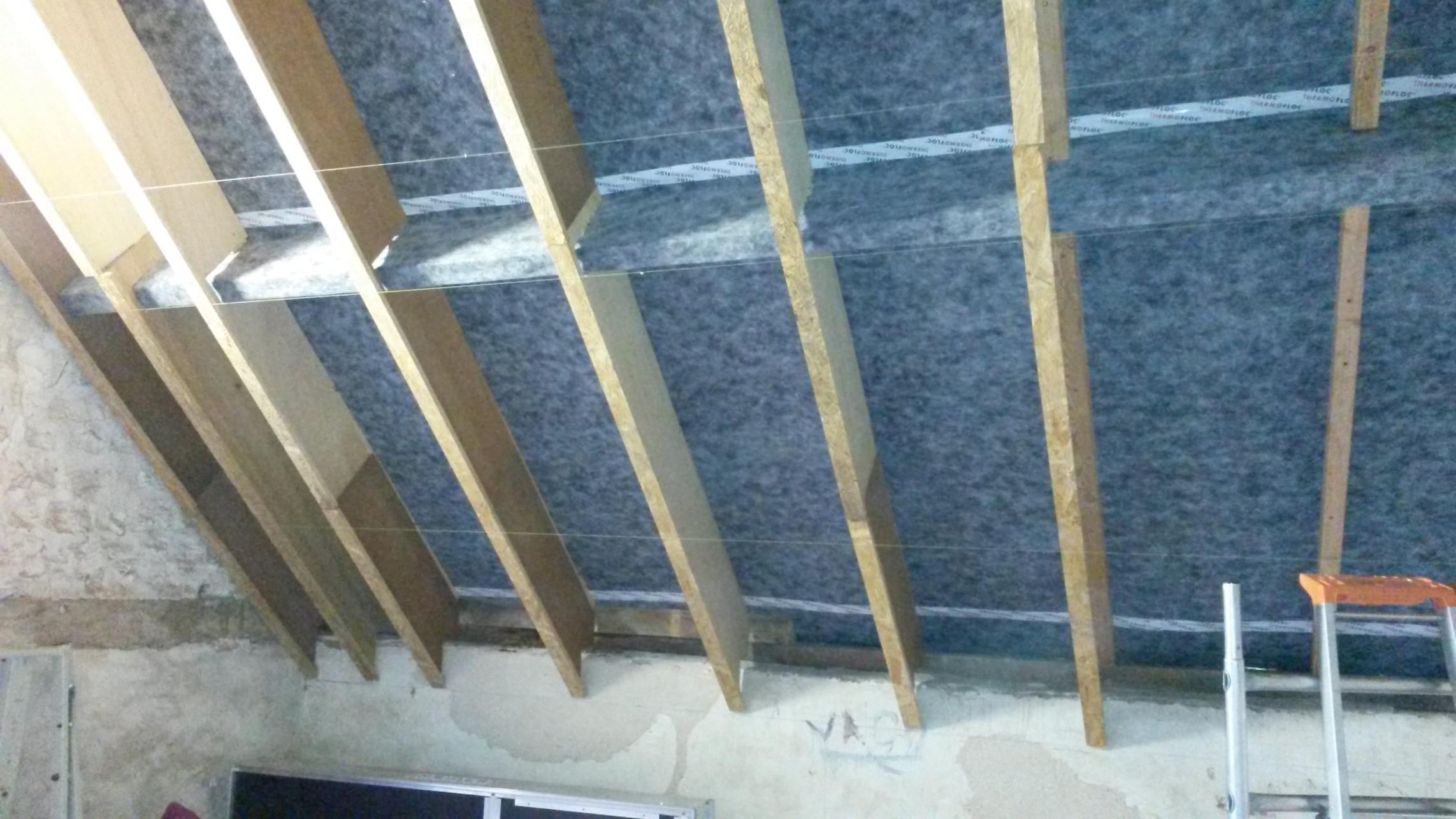 isolation de murs et toiture en ouate de cellulose. Black Bedroom Furniture Sets. Home Design Ideas