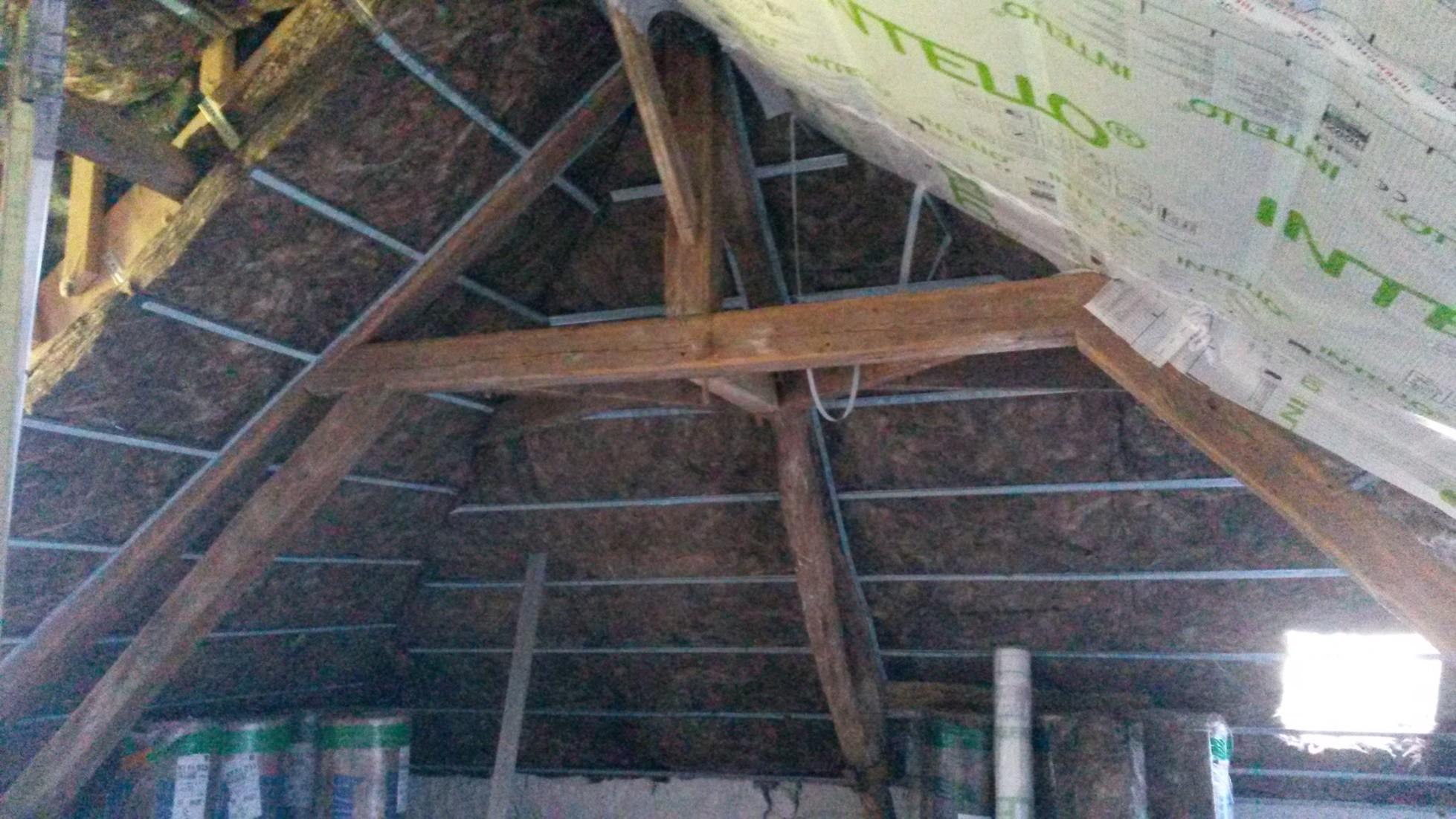 Isolation de toiture en laine de verre